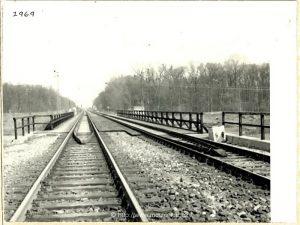 Archivní fotografie starého mostu