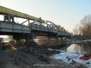 Bourání spodní stavby a demontើ pùvodní konstrukce